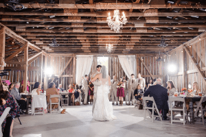 Reception Barn Rustic Decor